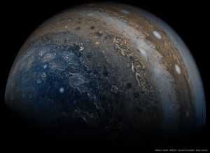 JupiterBeneath_Juno_960